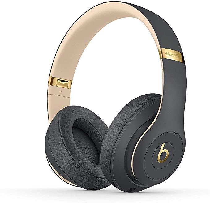 Best Headphones for Flights